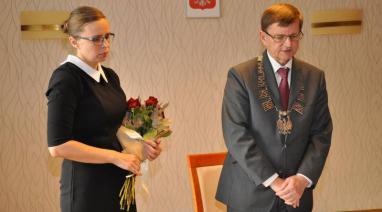 Medale, życzenia i kwiaty